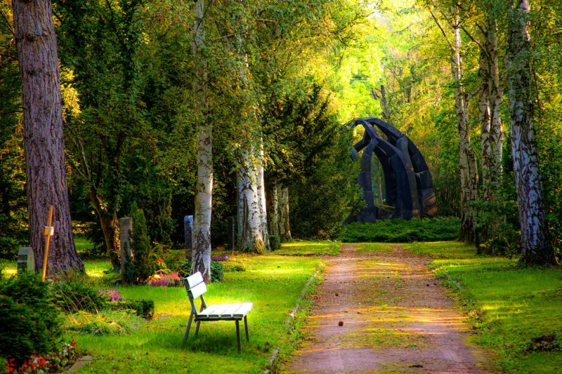 cemetery-1697469_1920