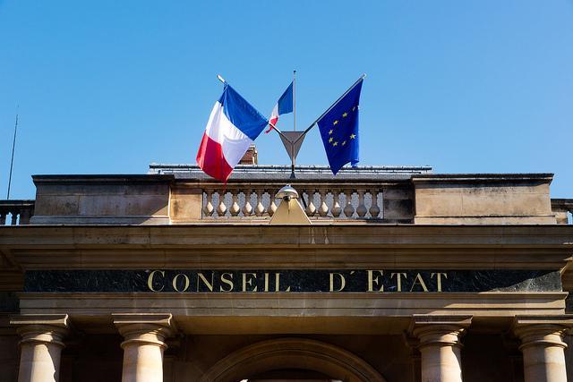 Avocat droit public référé liberté Paris France